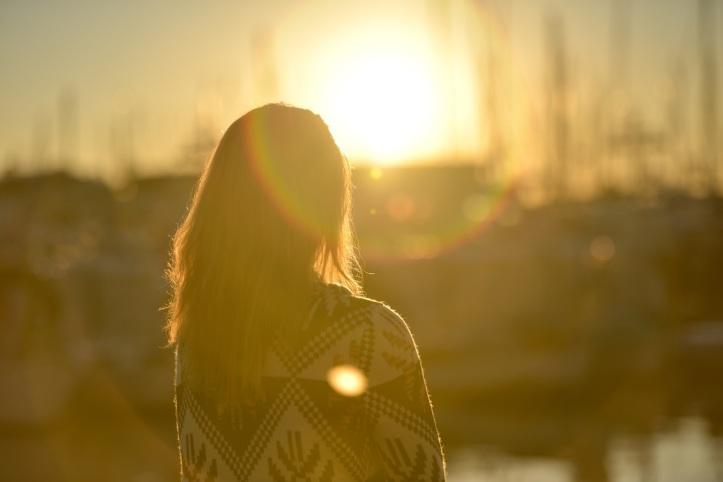 woman-dusk